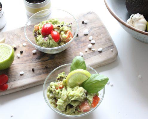 Schneller Avocado-Dip zuckerfrei